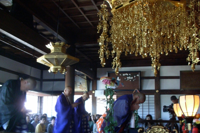 makurajido-horinji-priests2
